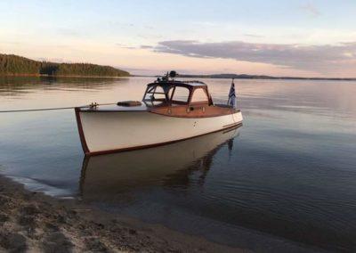 T Virtanen vedessä